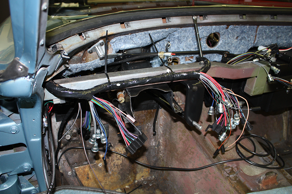 Dashremove together with Maxresdefault as well Ls further Cd Pump further Dash Wiring Sm. on 1978 camaro wiring diagram