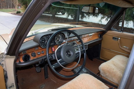 1-15-17-1973-mercedes-18